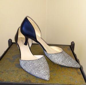 NINE WEST Black/Grey pointed kitten heel. 8M